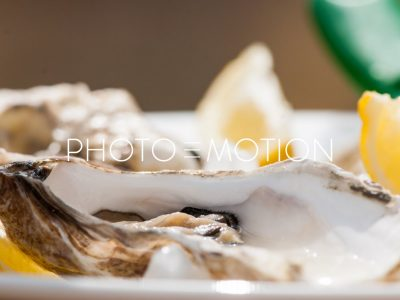 Oyster Love - PHOTO-E-MOTION